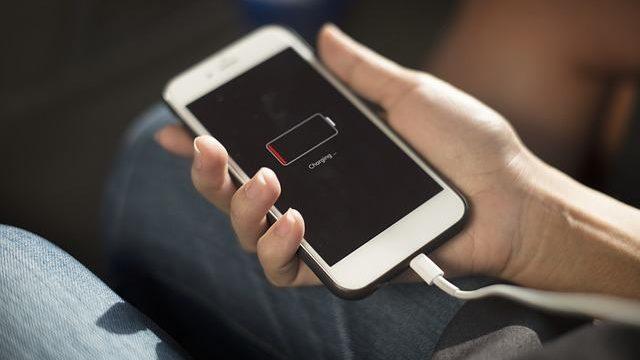 Cómo arreglar una pantalla negra en su iPhone