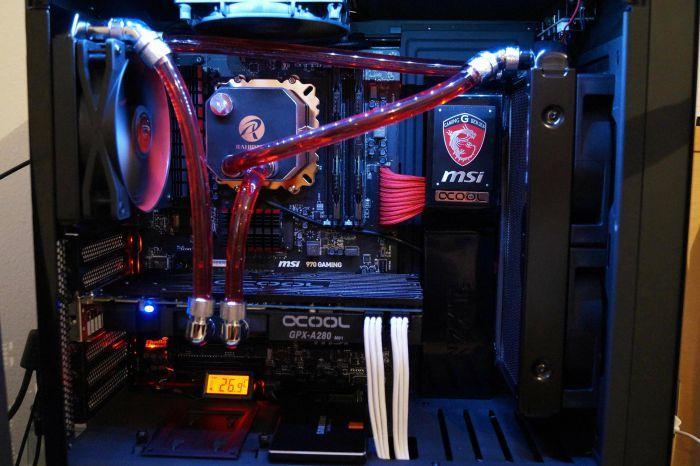El enfriamiento por líquido, también conocido como enfriamiento por agua, es una técnica de enfriamiento de la CPU que utiliza líquido. Este artículo repasa los beneficios y las desventajas de usarlo en su computadora.