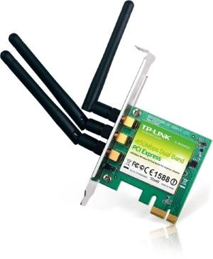Adaptadores PCI vs. USB WiFi: Cuando usted está recibiendo un adaptador WiFi, se encontrará con un adaptador PCI o un adaptador USB.Aprende las diferencias entre ellos y cuál es el más adecuado para ti.