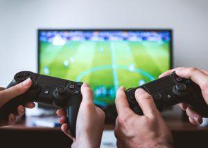 Cómo elegir el televisor adecuado para su instalación de cine en casa